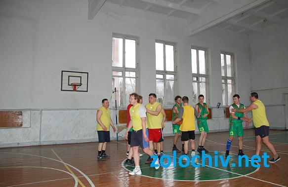 Товариська баскетбольна гра Золочів-Рогатин