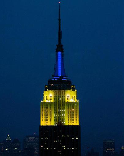 Нью-Йорк вітав українських олімпійців синьо-жовтими кольорами Державного Прапора України