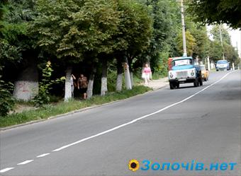 Розмітку на дорогах Золочева зробили за кошти спонсорів (відео)