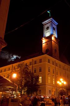 Один день із життя Львова