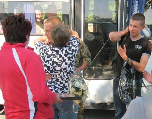 У Ясенівцях зустрічали Героя з АТО (відео)