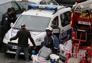 Під час стрілянини у Парижі загинули 12 людей