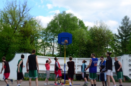 Запрошують взяти участь у турнірі з вуличного баскетболу