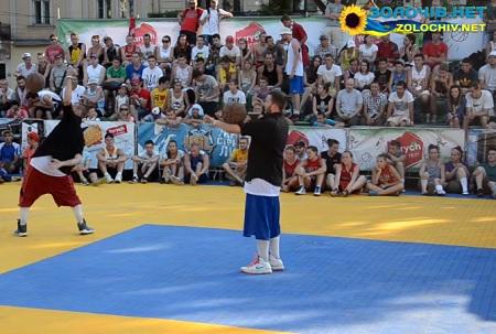 Золочівські баскетболісти взяли участь у фестивалі «Yarych Street Fest» (відео)