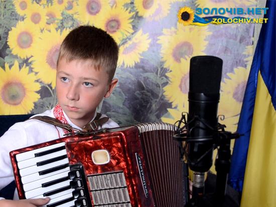 """Учасник конкурсу """"Таланти Золочівщини-2015"""" Семен Ничвид (відео)"""