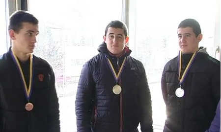 Трійнята з Прикарпаття завоювали призові місця на Чемпіонаті України з боксу (ВІДЕО)