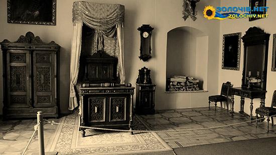 Меблі в експозиції Великого палацу Золочівського замку (відео)