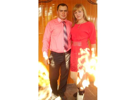 Наталю і Богдана Безкоровайних вітають із народженням синочка