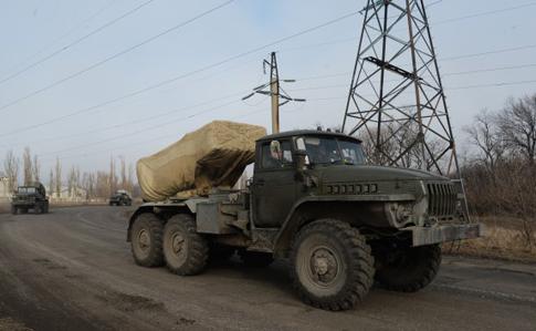 """Бойовики зосередили """"Гради"""" у напрямку Слов'янська, тренуються """"бомбити"""" з БПЛА"""