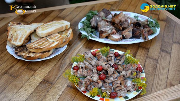 Суботня кухня: готуємо м'ясо на грилі по-італійськи