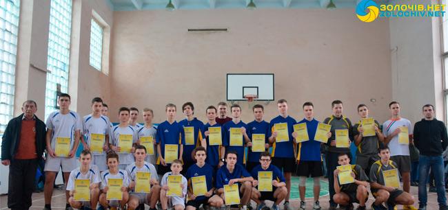 У Золочеві відбулися фінальні змагання серед юнаків з баскетболу