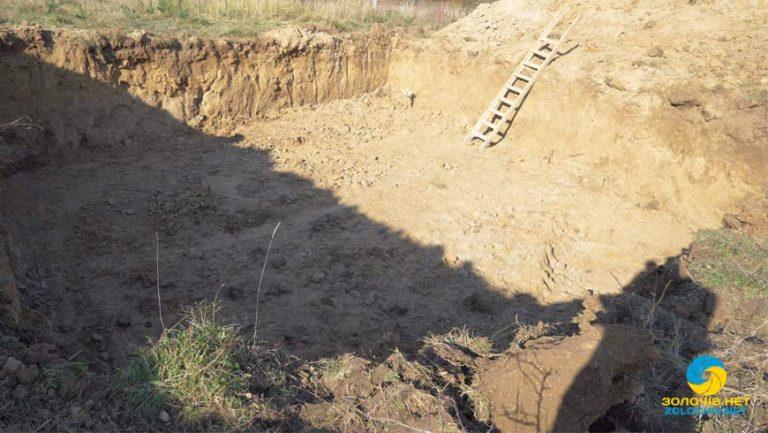 Вільний мікрофон: у селі Струтин виникла суперечка через будівництво вишки