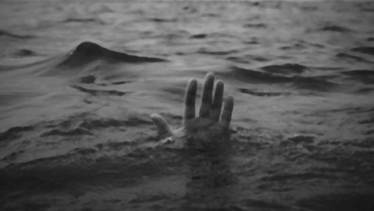 У Перемишлянському районі в озері було виявлено тіло чоловіка