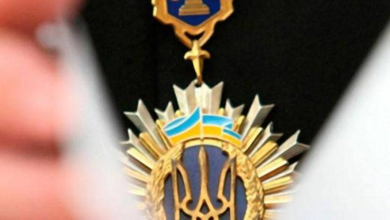 Підозрюваним в отриманні 1500$ хабаря чиновникам із Перемишлянського району, обрали запобіжний захід