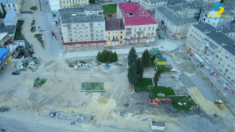 Тарас Батенко про ремонт площі Вічевої у Золочеві