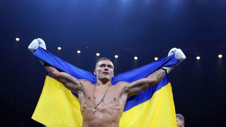 Український боксер Олександр Усик переміг росіянина Мурата Гассієва