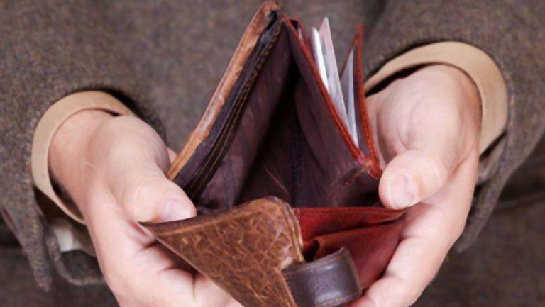 В Золочеві поліцейські викрили зловмисника, причетного до крадіжки грошей