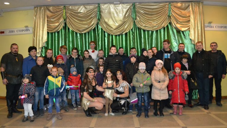 Поїздка особливих дітей із Золочева у цирк