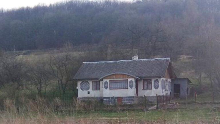 Продається або здається в оренду будинок у Золочівському районі