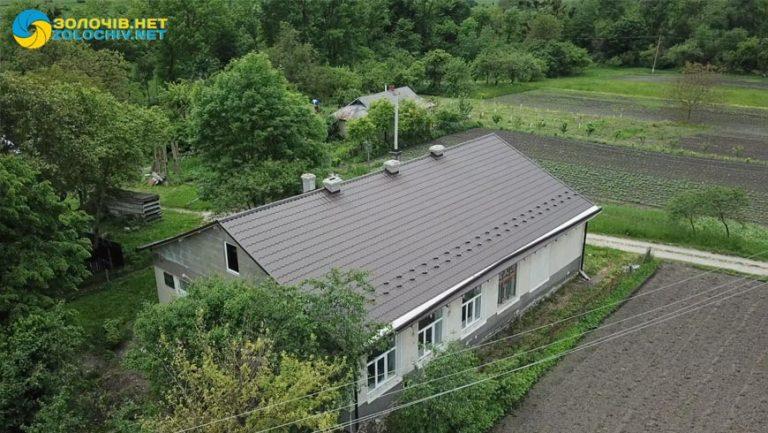 В селі Велика Вільшаниця проведено ремонт даху  фельдшерсько-акушерського пункту (відео)