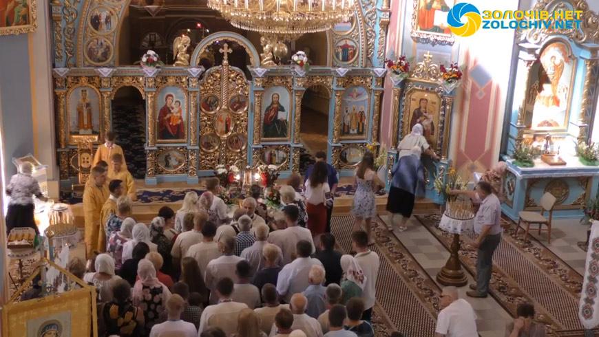 Наживо: Літургія у церкві Преображення Господнього с. Сасів