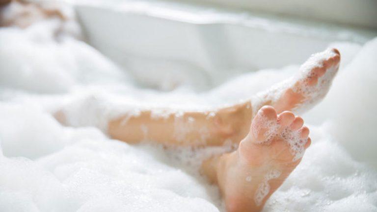 На Львівщині у ванні знайдено мертвою 11-річну дівчинку
