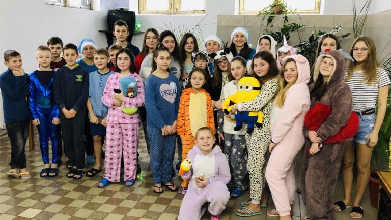 """Передноворічний відпочинок для дітей у  """"Струтин Комплексі"""" (відео)"""