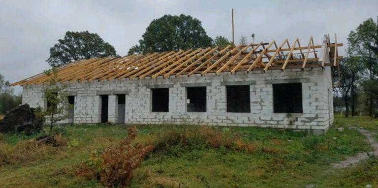 Чиновників ЛОДА підозрюють у привласненні коштів під час будівництва амбулаторії