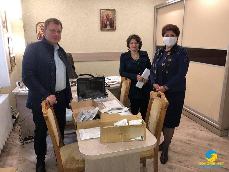 Завдяки благодійникам придбано медичне обладнання для Золочівської лікарні (відео)