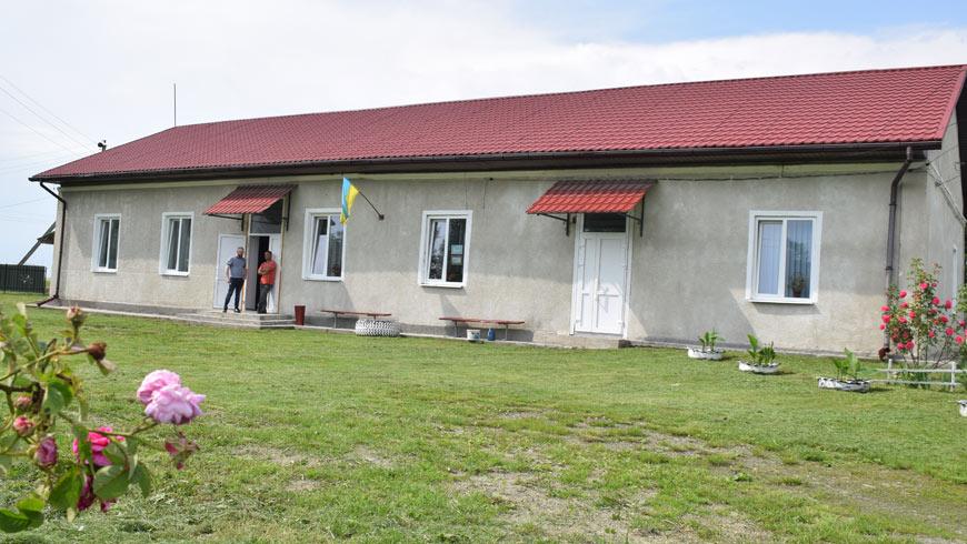 Народний дім села Скварява