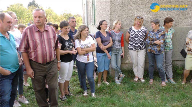 Можливе встановлення вежі мобільного зв'язку у селі Вороняки збурило людей (відео)