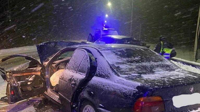 У Золочівському районі під час автозіткнення загинув водій «БМВ»