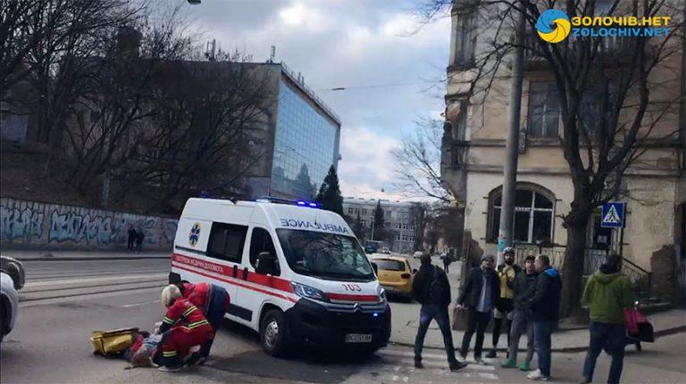 У Львові внаслідок наїзду «BMW» загинула скутеристка (відео)