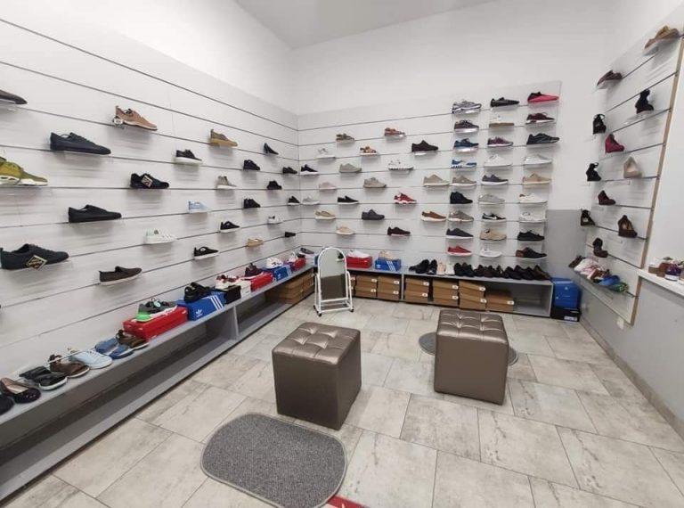 "Запрошуємо в магазин взуття «Shoes.Zolochiv"""