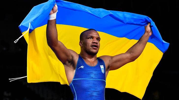 Український борець Жан Беленюк здобув першу золоту медаль для України
