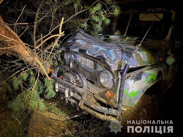 На Львівщині під власним автомобілем загинув водій