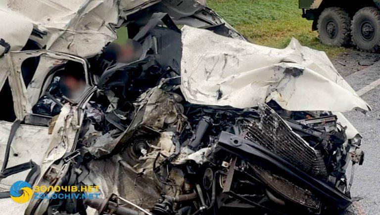 Загинуло подружжя: деталі смертельної ДТП на Золочівщині  (відео)
